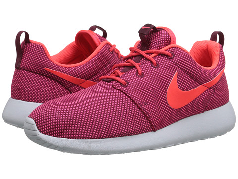 Nike - Roshe One (Deep Garnet/Pure Platinum/Bright Crimson) Women
