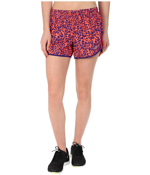 Nike - Lotus Modern Tempo (Bright Crimson/Reflective Silver) Women's Shorts
