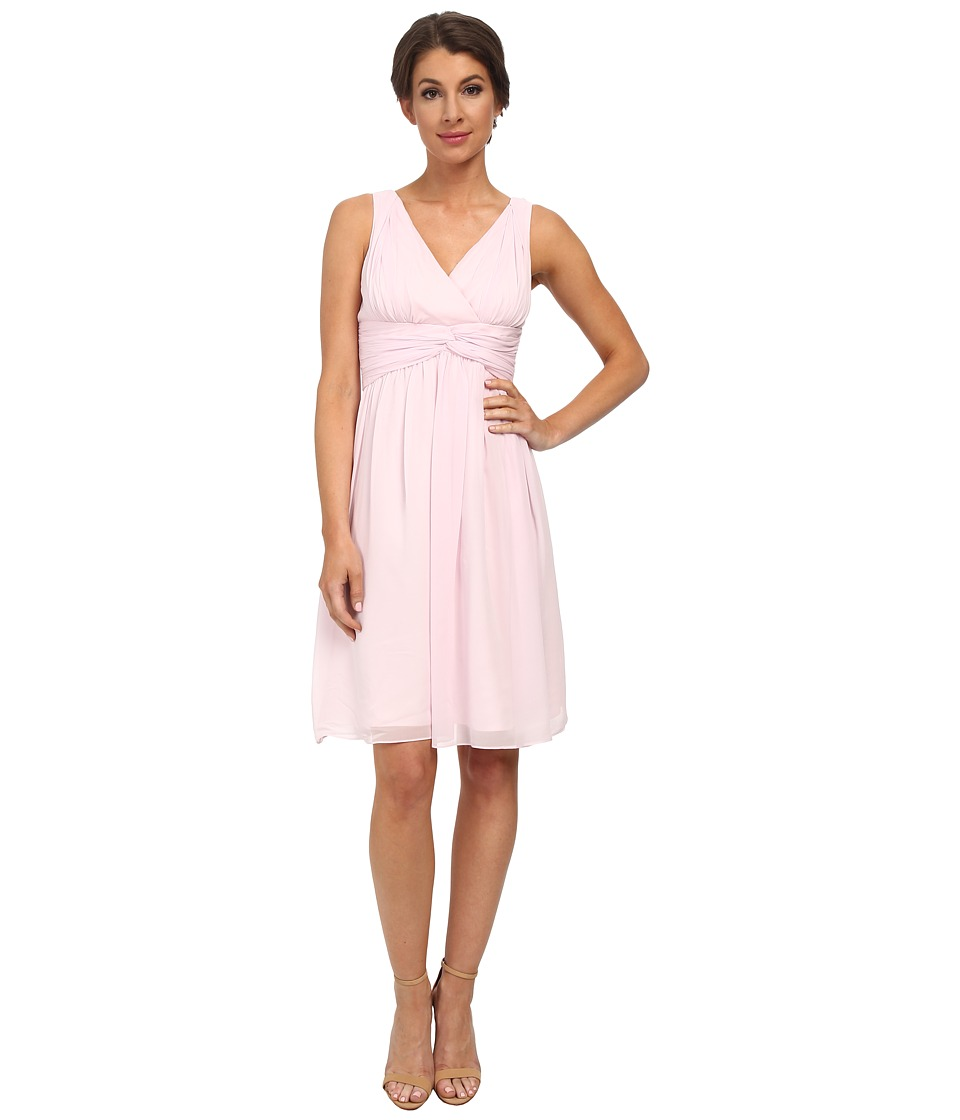 Donna Morgan - Jessie V-Neck Chiffon (Petal) Women's Dress