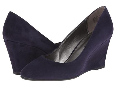 Bandolino - Yana (Navy Suede) Women's Shoes