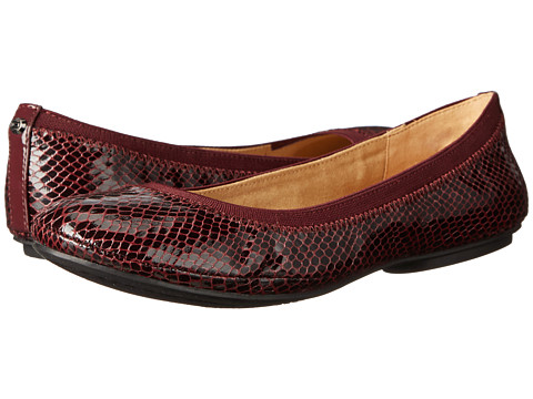 Bandolino - Edition (Wine Multi Synthetic) Women's Flat Shoes