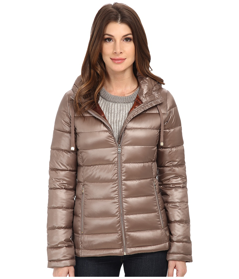 Calvin Klein - Short Packable Down Coat w/ Horizontal Quilt Pattern (Metallic Taupe) Women's Coat