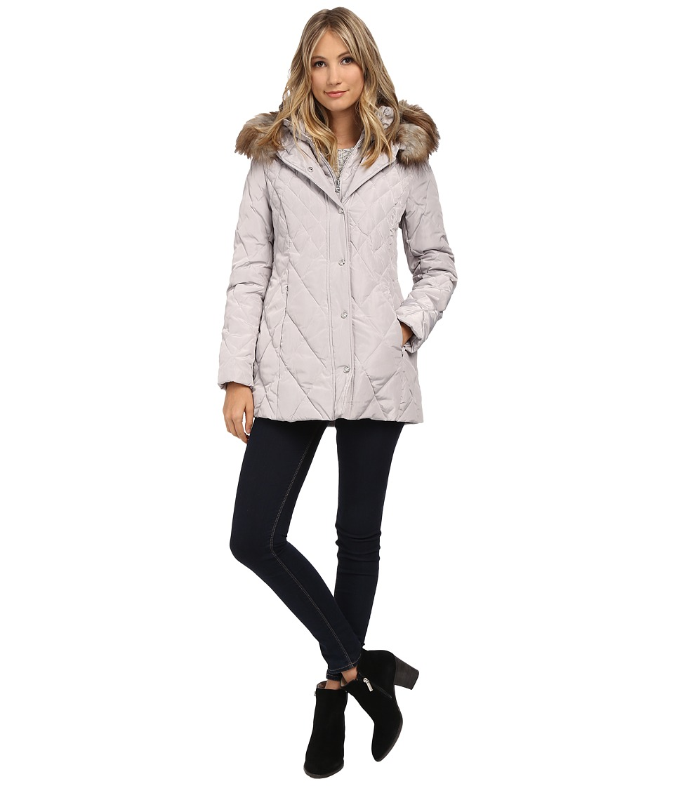 Jessica Simpson - Quilted Down with Faux Fur Trim (Pearl) Women's Coat