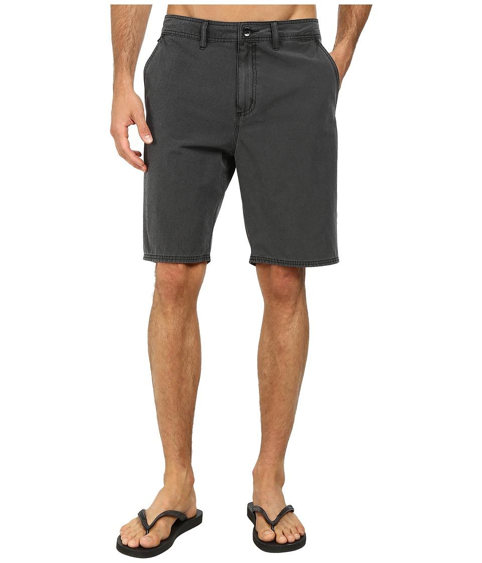 Vans - Black Out Decksider (Pirate Black) Men's Shorts