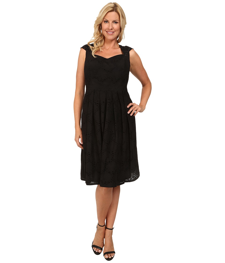 Adrianna Papell - Plus Size Sweetheart Cap Sleeve Fit Flare Dress (Black) Women's Dress