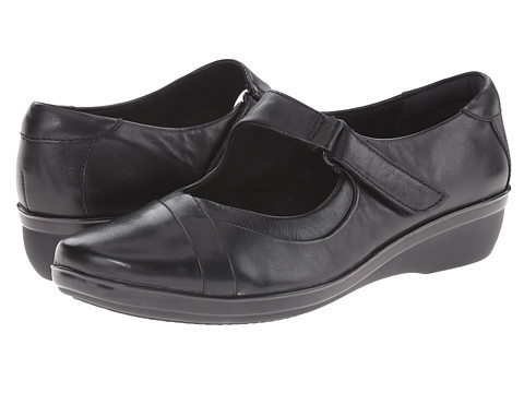 Clarks - Foxvale Pine (Black Leather) Women's Shoes