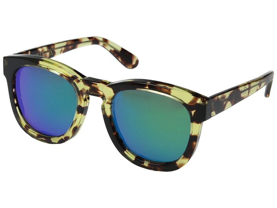 Wildfox - Classic Fox Deluxe (Amber Tortoise/Green Mirror) Fashion Sunglasses