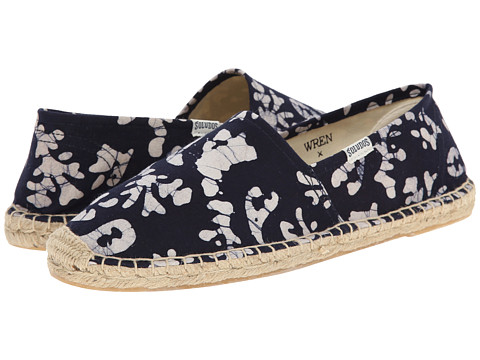 Soludos - Original Wren Collaboration Batik Leaves (Blue/White) Women's Flat Shoes