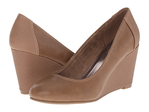 Kenneth Cole Unlisted - Bold Shoe (Taupe PU) Women