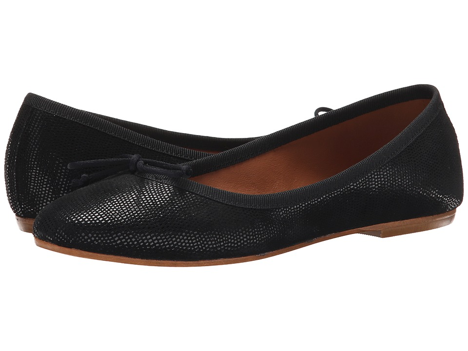 Summit White Mountain - Kendall (Black Exotic Leather) Women's Slip on Shoes