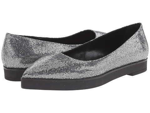 Summit White Mountain - Elise (Silver Glitter) Women's Slip on Shoes