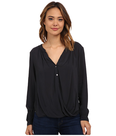 Velvet by Graham & Spencer - Ganesa03 Rayon Challis Blouse (Chimney) Women's Blouse