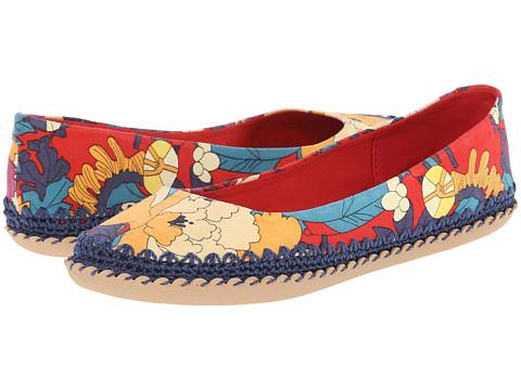 The Sak - Adel (Crimson Flower Power) Women's Flat Shoes