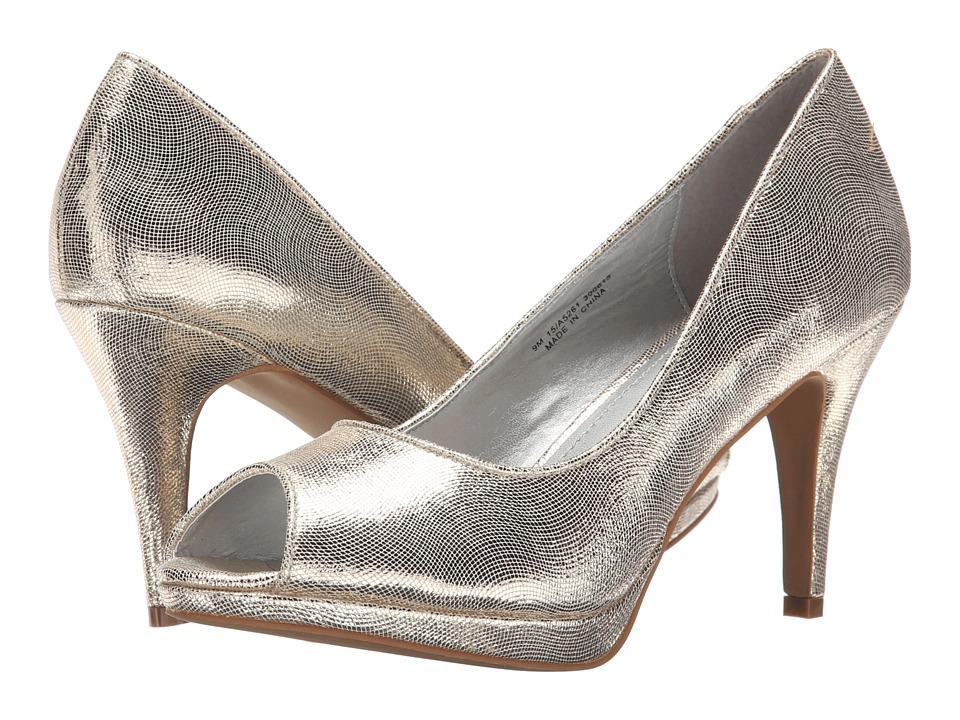 Amiana - 15-A5261 (Big Kid/Adult) (Gold Scored Metallic) Girls Shoes