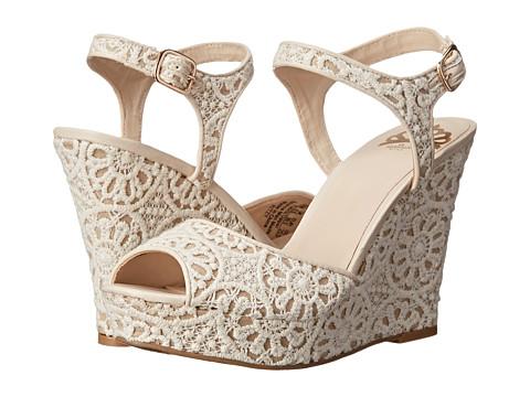 Fergalicious - Ritzy (Cream) Women's Shoes