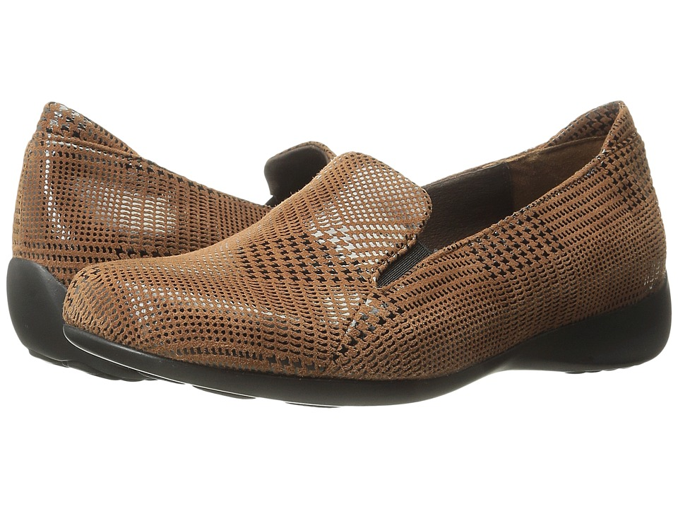 Wolky - Perls (Marron Dessin Suede) Women's Slip on Shoes