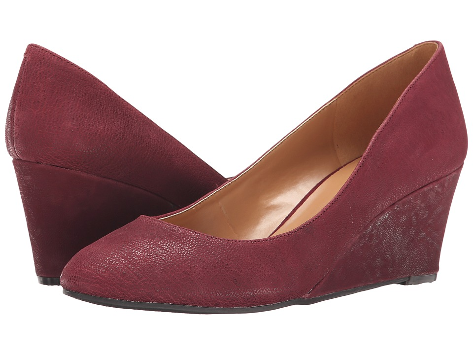 Nine West - ISpy (Dark Red Leather) Women's Slip on Shoes