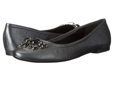 Nine West - Zala (Dark Grey Metallic) Women's Flat Shoes