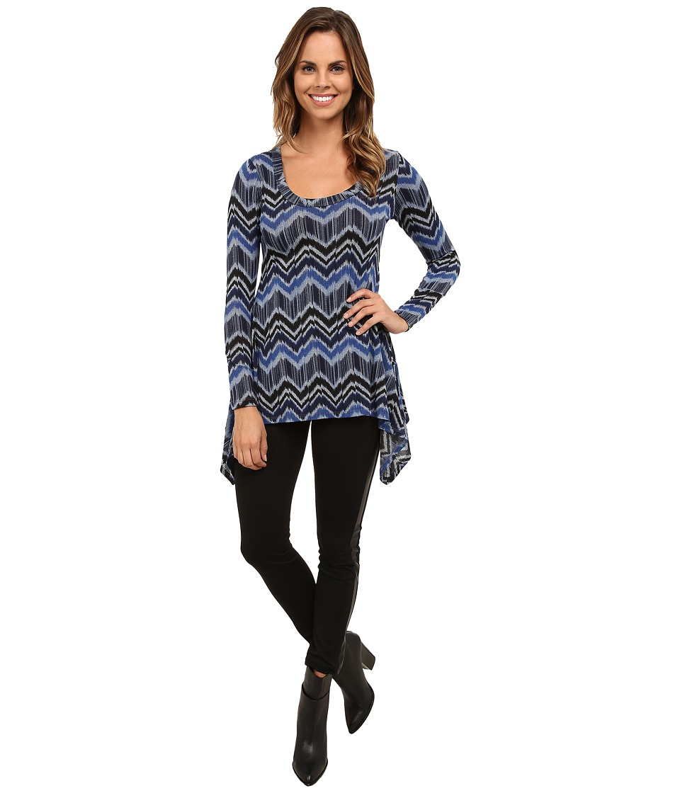 Karen Kane - Blue Zig Zag Handkerchief Top (Print) Women's Long Sleeve Pullover