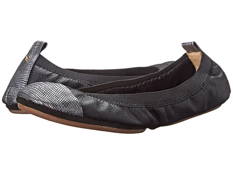 Yosi Samra - Samantha Tuscany Leather Fold Up Flat w/ Contrast Captoe (Black/Pewter) Women's Shoes