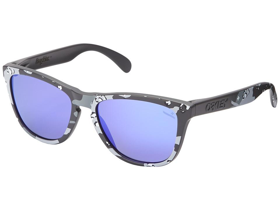 Oakley - Frogskins (Carbon/Violet Iridium) Sport Sunglasses
