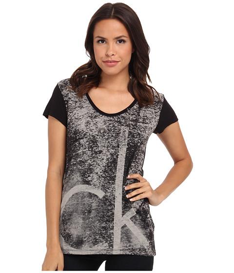 Calvin Klein Jeans - Textured Logo Tee (Black) Women
