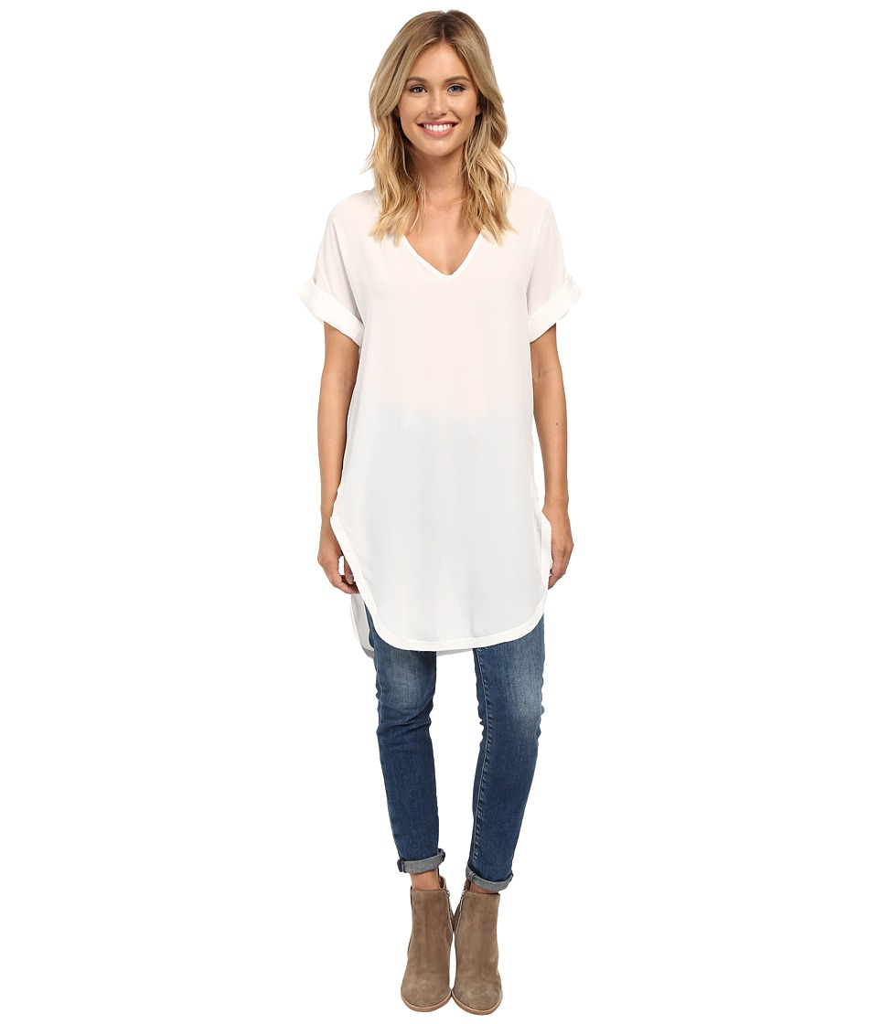 Lucy Love - V-Neck Tails Tunic (Soft White) Women's Blouse