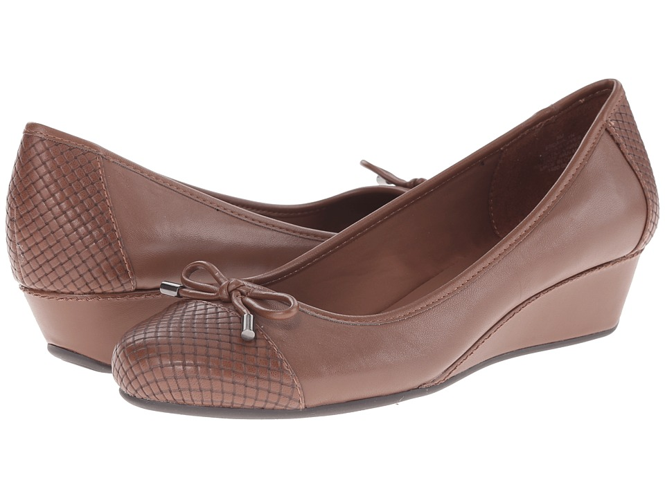 Easy Spirit - Davalyn (Medium Brown Multi Leather) Women's Shoes