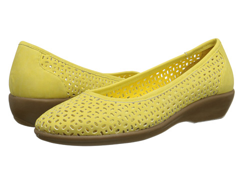 Bass - Broadway (Lemon) Women's Shoes