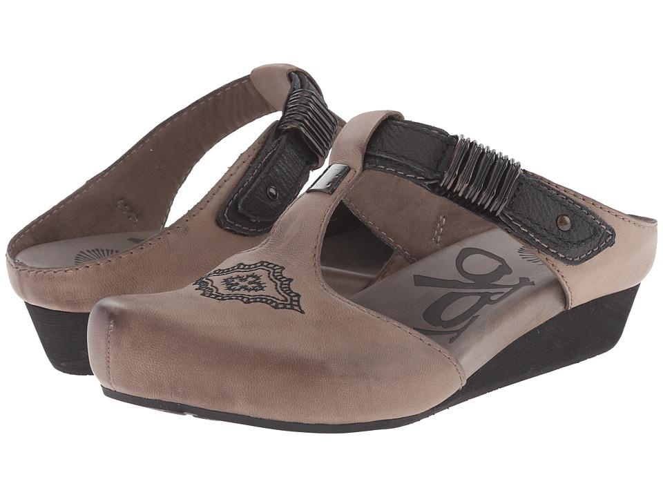 OTBT - Streams (Dust Grey) Women's Shoes