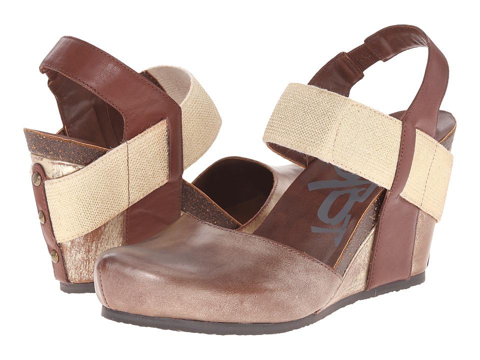 OTBT - Rexburg (Gold) Women's Wedge Shoes