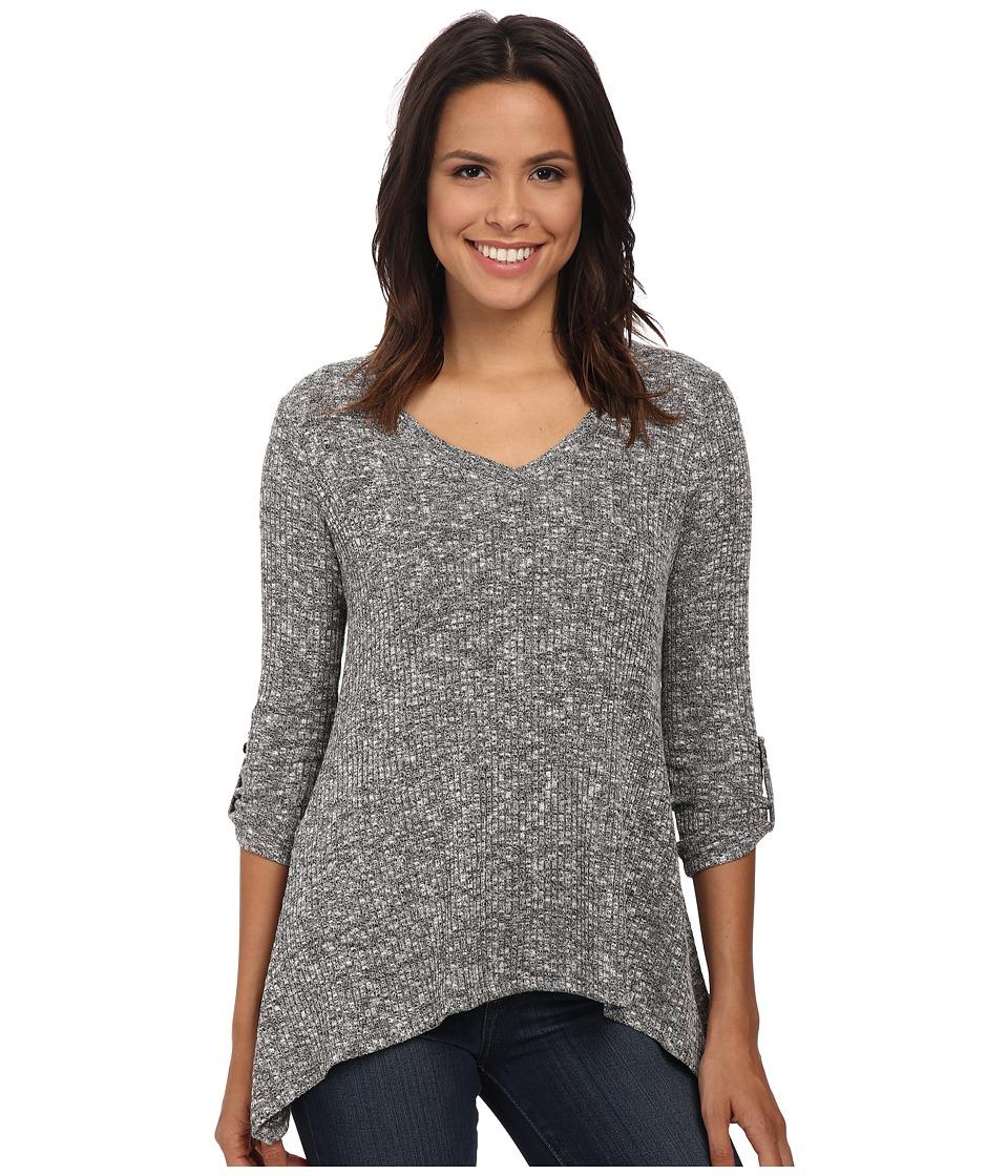 Bobeau - V-Neck Tab Sleeve T-Shirt (Black/White) Women