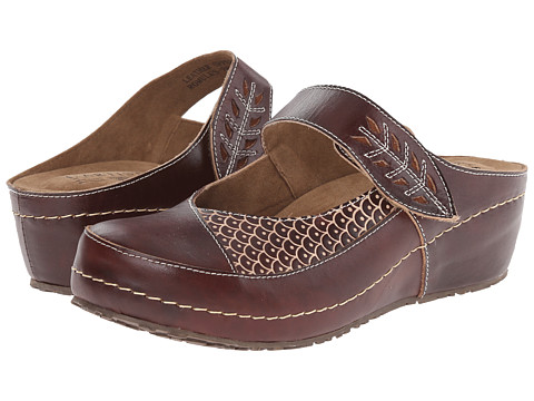 Spring Step - Romulus (Brown) Women's Shoes