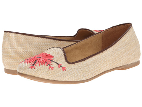 CL By Laundry - Gotta Date (Natural) Women's Flat Shoes