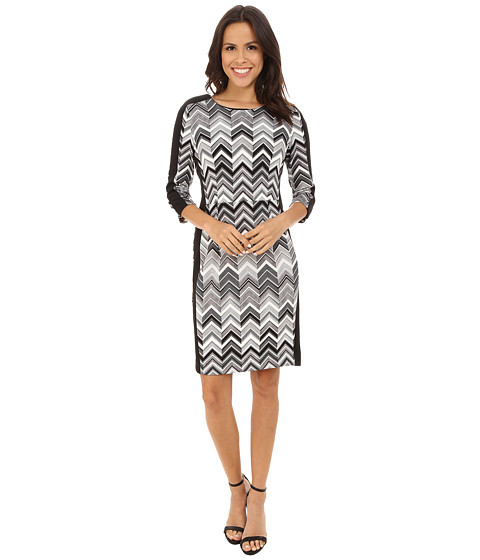 Vince Camuto - 3/4 Sleeve Zigzag Gates Scuba Dress (Rich Black) Women