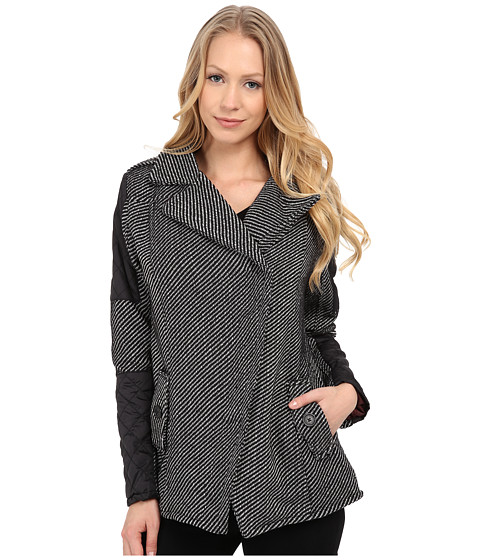 dollhouse - Asymetric Zip Coat w/ Quilted Polfill Sleeves (Mila Twill) Women