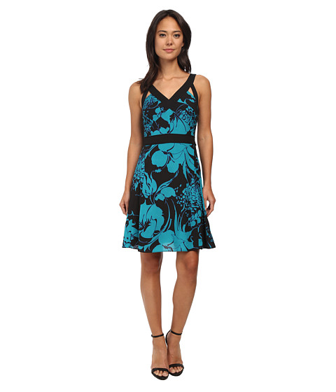 Adrianna Papell - Banded Dress with Cutout (Jade/Black) Women