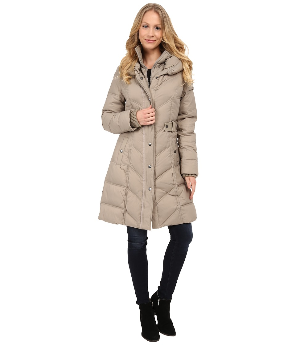 DKNY - 3/4 Chevron Quilted Pillow Collar (Taupe) Women's Coat