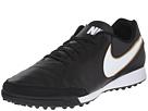Nike Style 819216 010