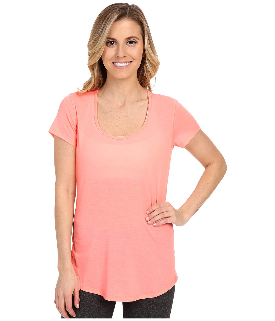 Lucy - S/S Workout Tee (Blush Pink) Women's Workout