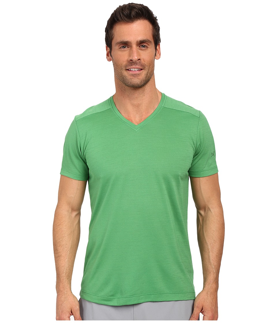 Arc'teryx - A2B V-Neck (Khasi) Men's Clothing