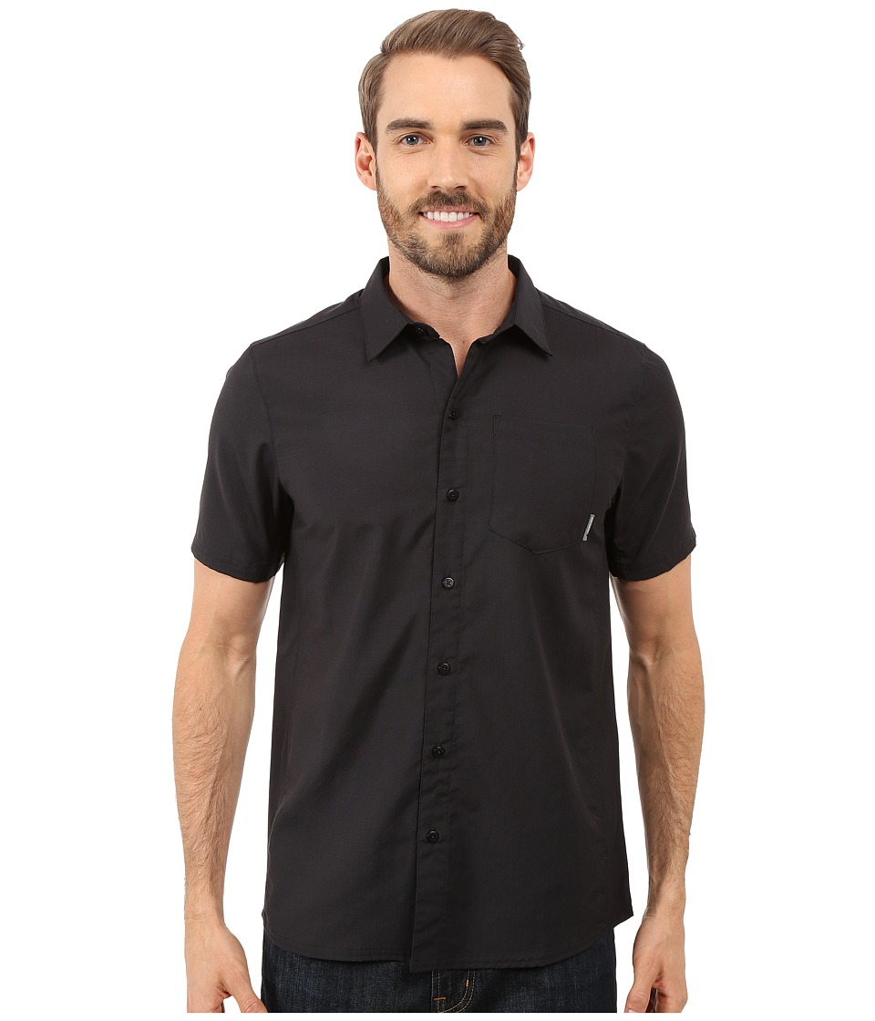 Icebreaker - Departure II Short Sleeve Shirt (Carbon/Carbon) Men's Clothing