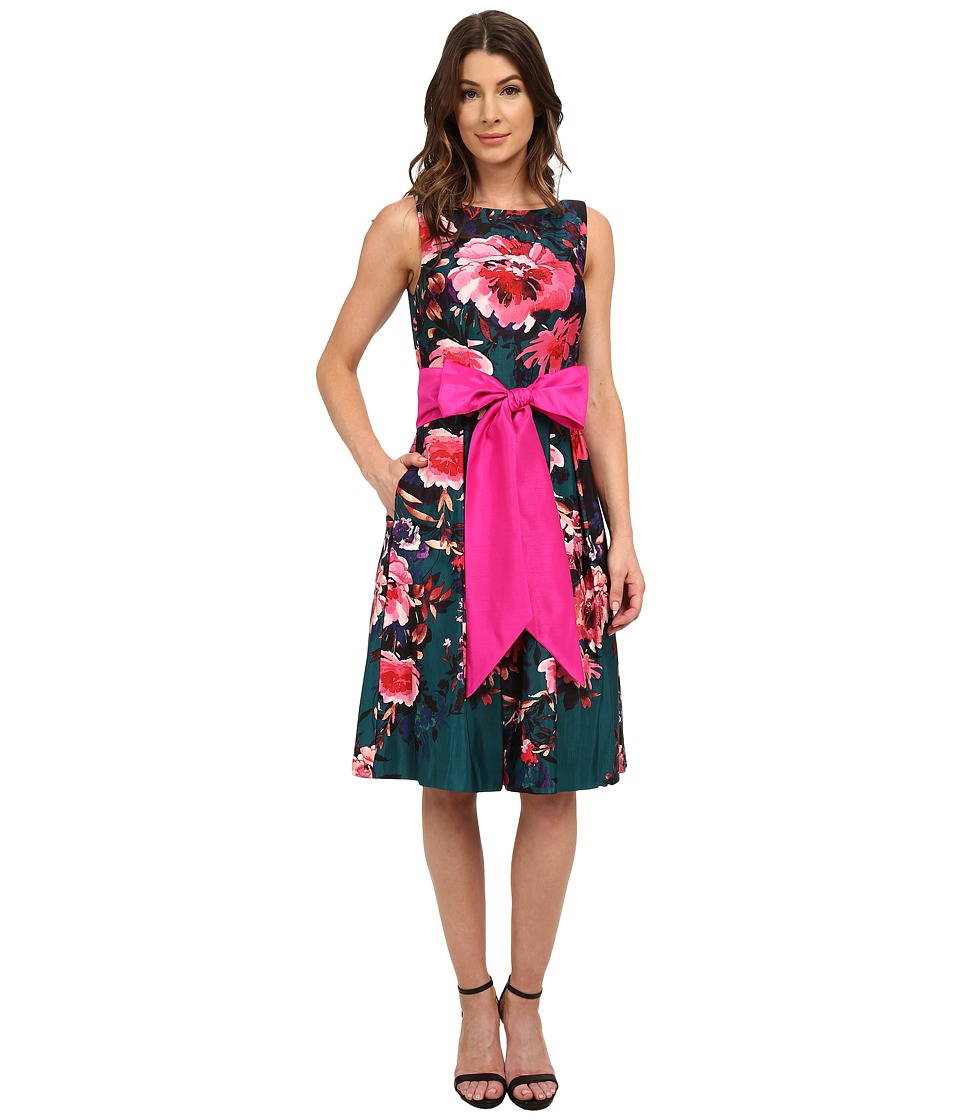 Eliza J - Sleevless Fit and Flare with Center Pleat (Print) Women's Dress