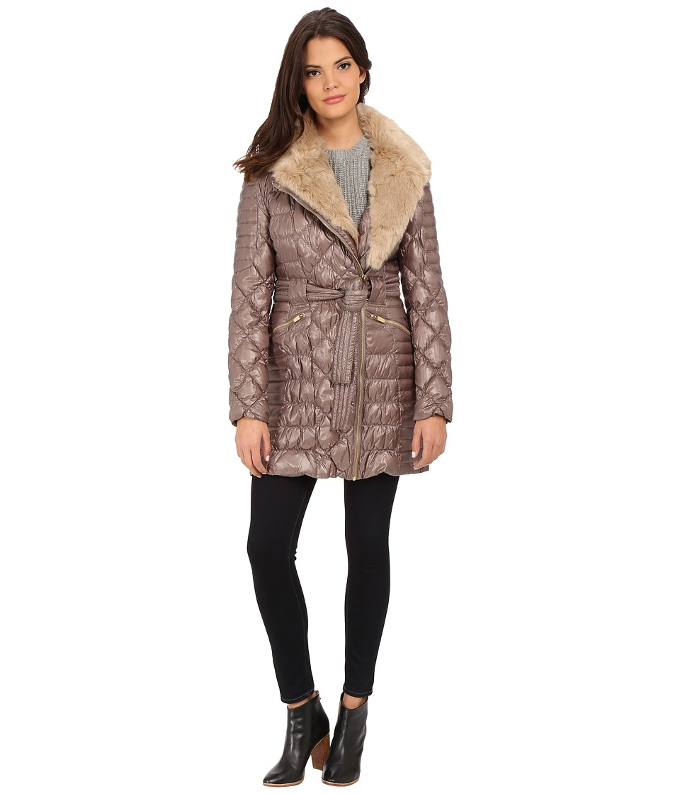 Via Spiga - Kate Middleton Down Coat w/ Faux Fur (Desert) Women's Coat