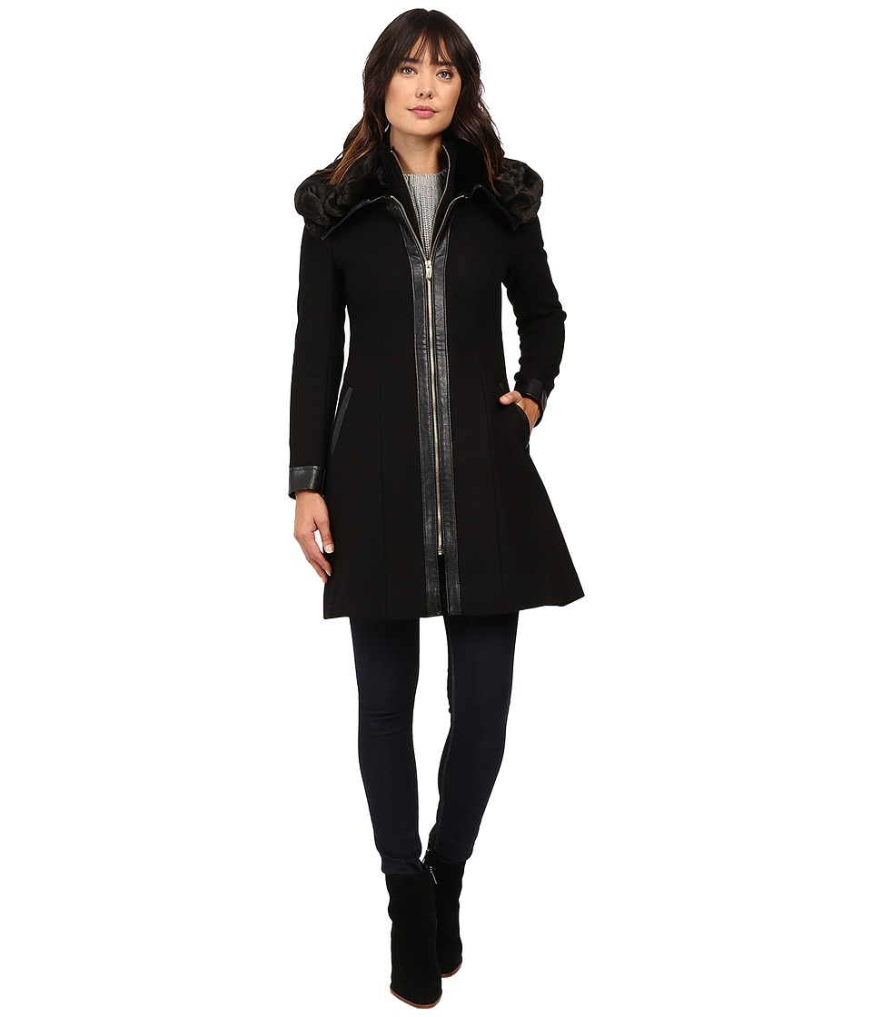 Via Spiga - Novelty Center Zip Coat Luxe Faux Fur Wing Collar w/ PU Detail (Black) Women's Coat