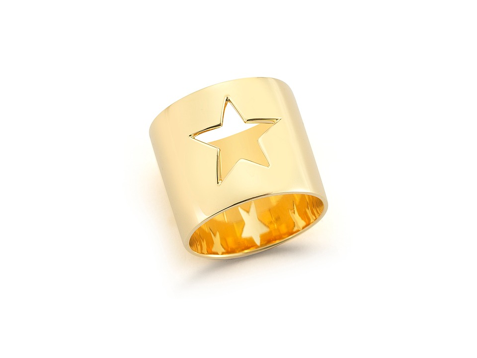 Elizabeth and James - Polaris Ring (Yellow Gold) Ring