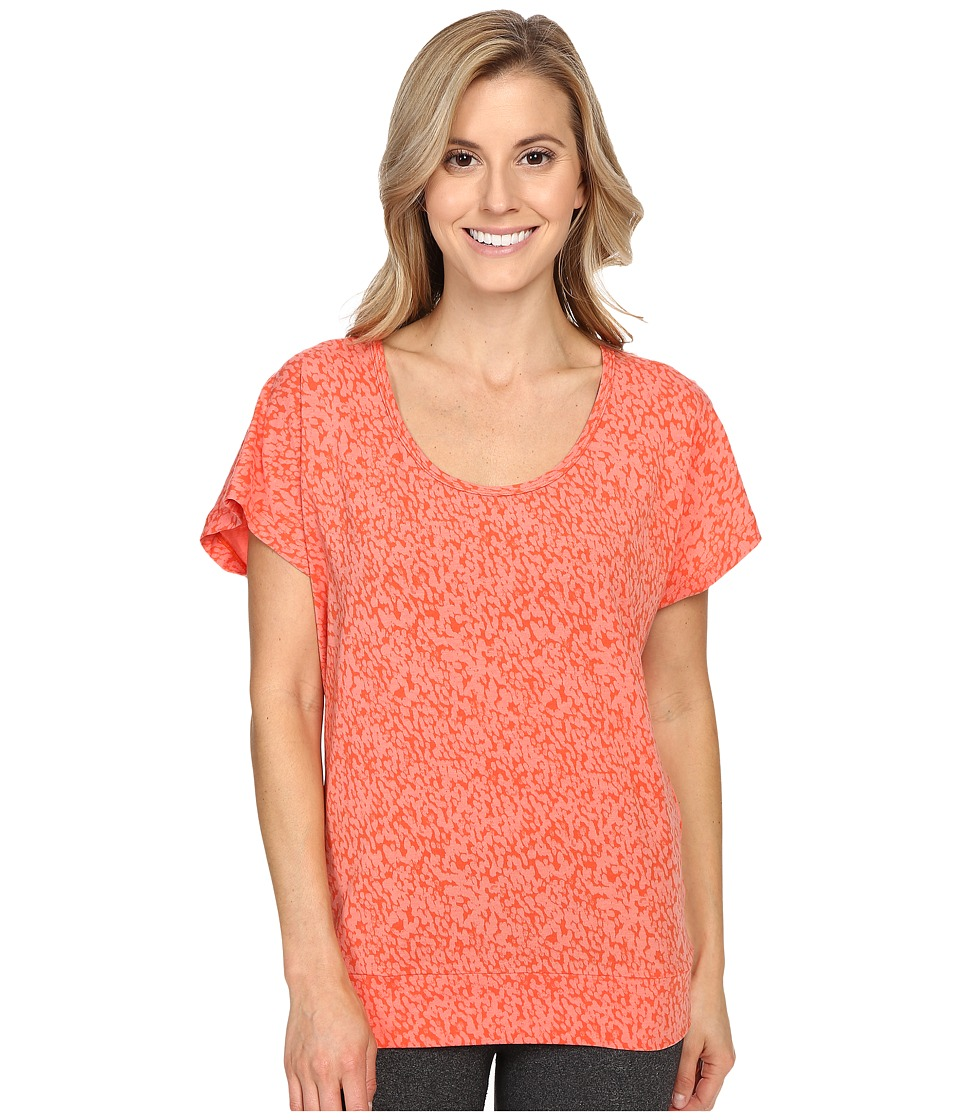 Lole - Sheila Top (Pitaya Footprint) Women's Short Sleeve Pullover