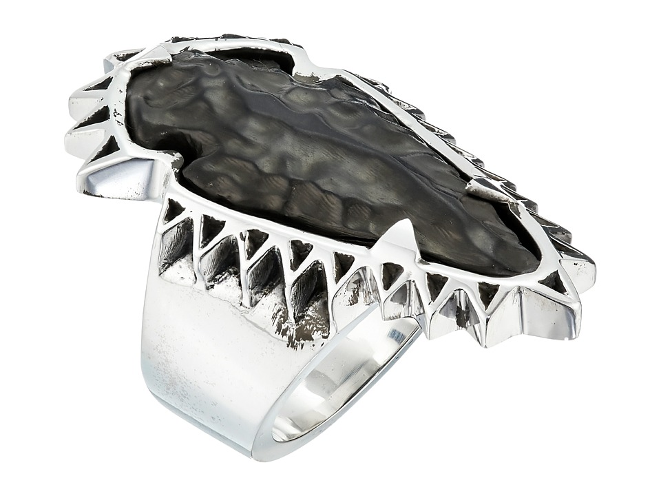 King Baby Studio - Carved Jet Arrowhead in Sawtooth Ring Setting (Silver) Ring