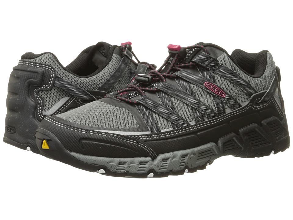 Keen - Versatrail (Black/Gargoyle) Women's Shoes