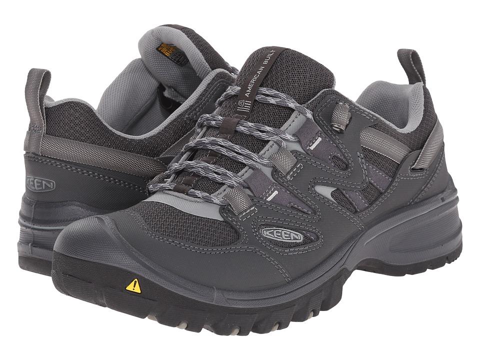 Keen - Sandstone (Magnet/Neutral Gray) Men's Shoes